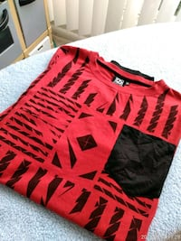 red and black Nike crew-neck shirt Silver Spring, 20910
