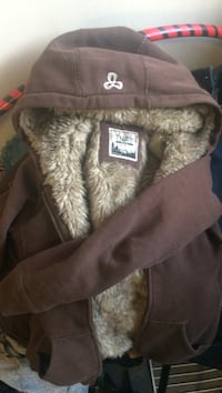 TNA lady's Fur Lined Hoody Sweater Vancouver, V5T 1A4