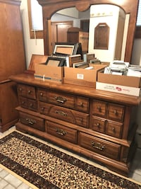 brown wooden dresser with mirror Mechanicsville, 20659