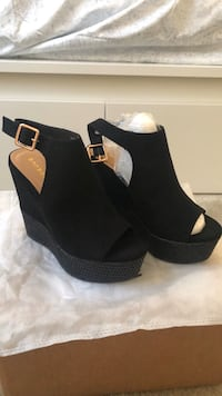 Black wedges Greenbelt, 20770