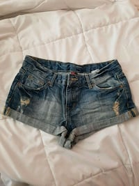 distressed blue-washed short shorts
