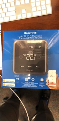 Honeywell WiFi Thermostat T5  Toronto, M9W 3A8
