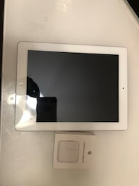 Apple iPad 3 with wifi and cellular  Calgary, T3P 0H9