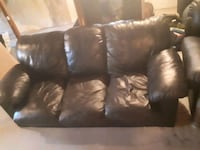 Black Leather Couch  Regina, S4N 2E1
