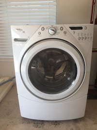 White whirlpool front-load clothes washer Pensacola, 32504