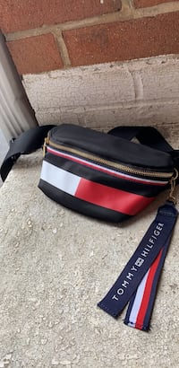 Tommy Hilfiger fanny pack Wrightsville, 17368