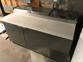 True Refrigerated Prep Table / Low Boy - Good Working Condition