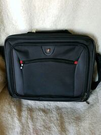 Swissgear by Wenger Computer Case from Staples  Dover, 19904