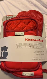 4 pc set. KitchenAid-2 oven mitts & 2 potholders: Silicone Grip/UNUSED Washington, 20016