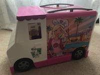 HUGE mixed Lot of BARBIE Accessories Food Truck Clothes shoes kitchen dishes and more! Alexandria, 22304