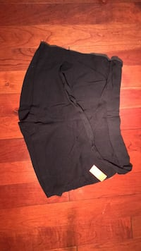 Brand new shorts with tag small size Toronto, M1J 3J9