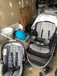 STROLLER AND CAR SEAT  Richmond Hill, L4S
