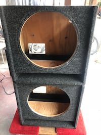 Black and brown subwoofer enclosure Huntington Park, 90255