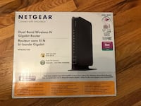 netgear dual band wireless-n gigabit router box