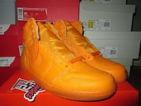 pair of orange Nike basketball shoes Toronto, M2M