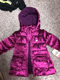 Girls winter coat new with tags Lorton, 22079