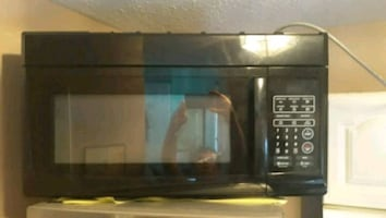 Over the stove microwave