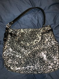 Animal print coach bag  Virginia Beach, 23452