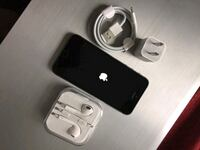 "iPhone 5S ,,Factory UNLOCKED Excellent CONDITION ""aS liKE nEW"""