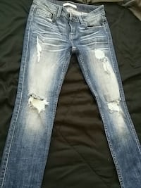 distressed blue-washed jeans Bakersfield, 93306