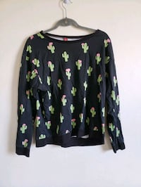 black and green floral long sleeve shirt Milwaukee, 53233
