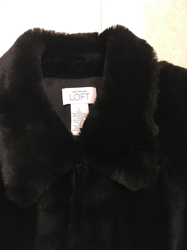 women's black fur vest