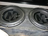 gray and black Pioneer subwoofer 533 mi