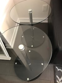 Set of glass tables  538 km