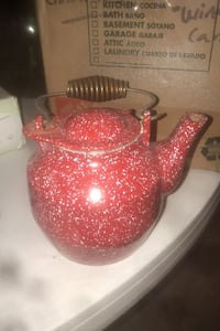 Cast Iron porcelain red & white speckled teapot  Washingtonville, 10992