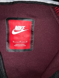 Nike Maroon and Red Pullover Hoodie Hudson, 01749