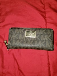 Authentic Michael Kors wallet Toronto, M3K 1X5