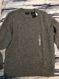 Gray crew-neck shirt size large  Toronto, M1H 3H5