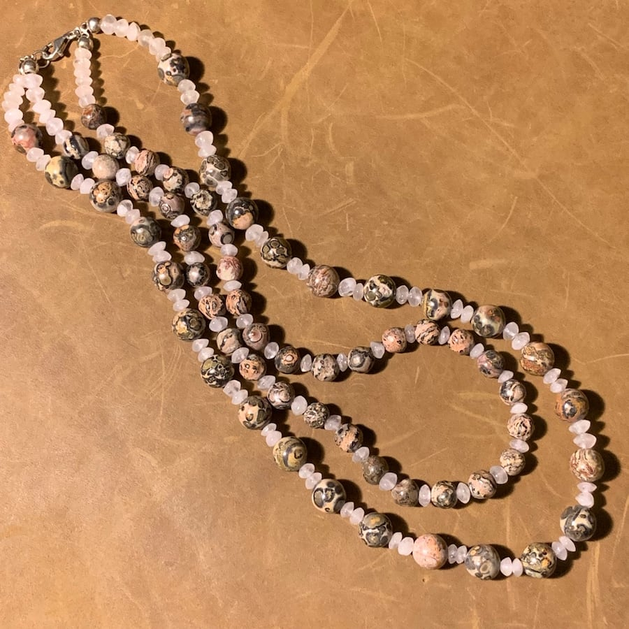 Genuine Agate Beaded Necklace with Sterling Silver Clasp e63d4ca8-41fc-4a03-aab5-d077a8a81d73