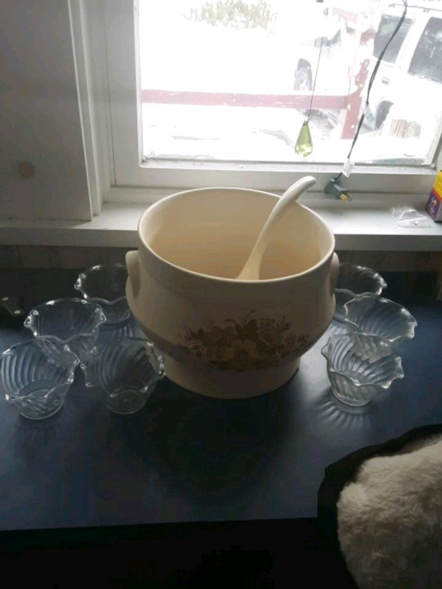 Photo Punch bowl with 7 cups