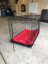 Medium size dog crate with Kong crate pad Loveland, 80537