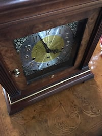 HOWARD MILLER MANTEL CLOCK Glen Ellyn, 60137