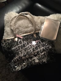 Large Victoria Secret tote with tags and a large size wristlet