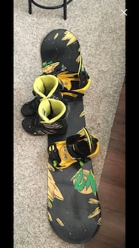 Boys 132cm board bindings and boots size 5 Airdrie, T4B 0X8