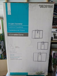 New style selections 3 light chandelier Silver Springs Shores, 34472