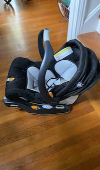 Chicco car seat + mount for car Washington, 20008