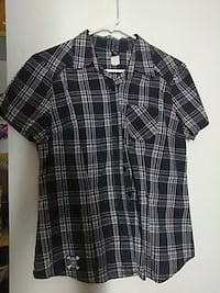 gray and black plaid button-up short-sleeved shirt Pahrump, 89048