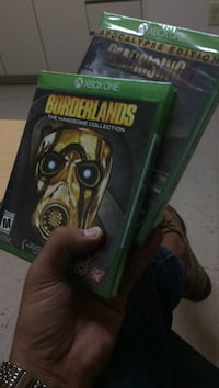 two Xbox One Borderlands and DeadRising keep cases Miami, 33199