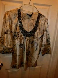 Silky Touch lady's blouse (m) dimonds around neck. Palm Springs, 92262