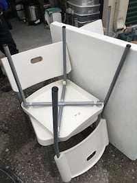 Plastic table set with 4 chairs Hamilton, L8V 3R6