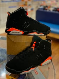 Black infrared 6s size 7 Silver Spring, 20902