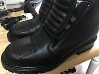 Motorcycle boots size 8 Toronto, M5R 3H2