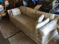 FREE sofa couch  San Jose, 95120