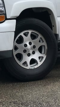 Chevrolet - Tahoe - 2006 rims 17 Chicago, 60651