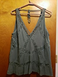 gray and black floral sleeveless top Taylor, 48180