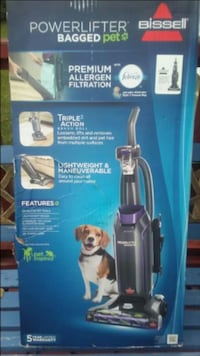 black and gray Bissell upright vacuum cleaner box